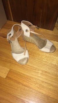 Luck Brand Size 9 Summer  Wedge Shoes 592 mi