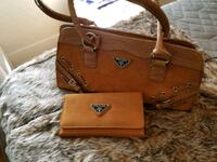 brown leather Michael Kors tote bag and wristlet New York, 10001