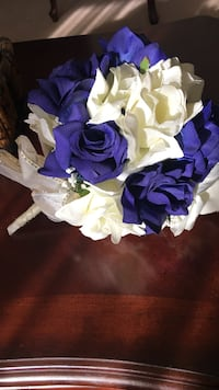 purple and white roses bouquet Laurel, 20707