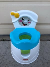 white and blue Fisher-Price potty trainer Corona, 92882