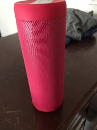 pink and black portable speaker AUGUSTA