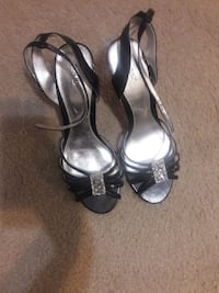 Size 11 black silver heels Union City, 30291