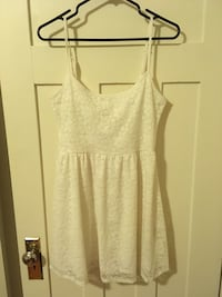 White Lacey Dress Vancouver, V6G 2C9