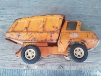 yellow dump truck toy Laval, H7N 1J1