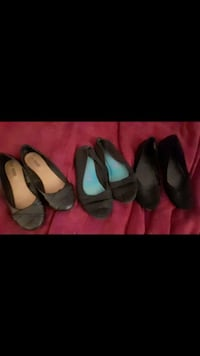 Size 8-9 flats new 5$ each or all 3 pairs for 10$ Surrey, V3T