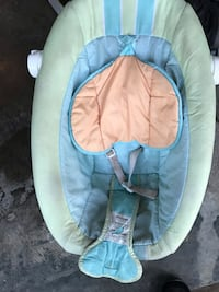 Baby's white and blue bouncer 1145 mi
