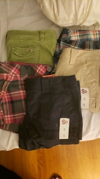 5 pairs of size 5 womens Jean's!  Billerica, 01821
