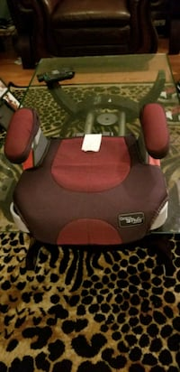 red and black Graco booster seat Montclair, 22025