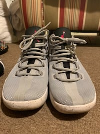 pair of gray-and-white Nike running shoes Yakima, 98902
