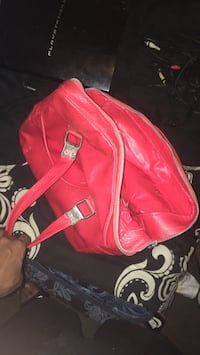 red leather. bag Detroit