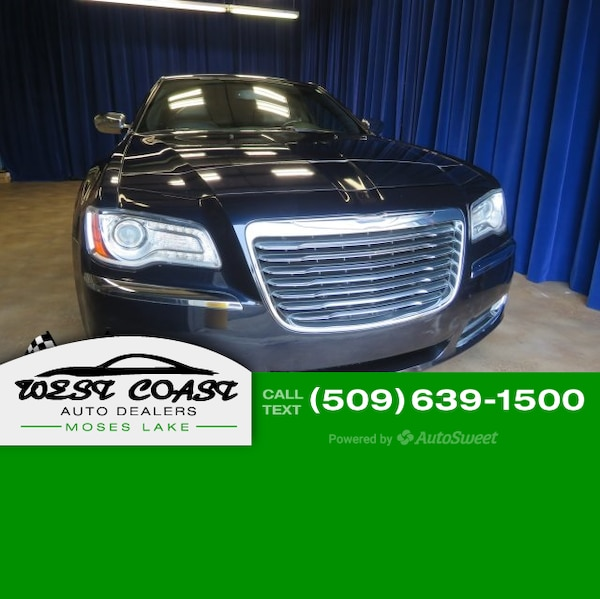 Used 2011 Chrysler 300-Series Limited For Sale In Moses