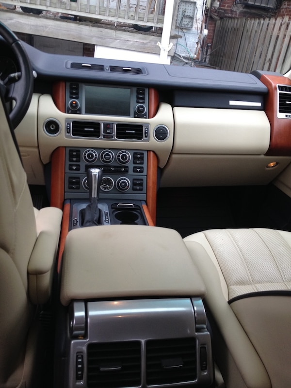 Land Rover - Range Rover - 2008 DC inspection and licensing b3f9055f-1e36-4b4a-bad1-6d73a69d6936