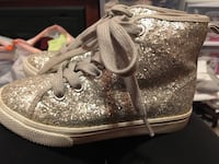 Silver sparkly girls size 10 high tops Apple Valley, 92307