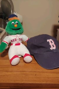 Red Sox green monster and woman's hat Minneapolis, 55430