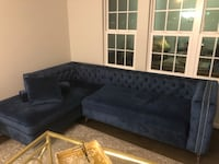 Elegant Blue Sectional Sofa with Chaise Herndon, 20171