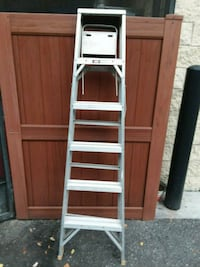 6 foot ladder,best offer  Sun City Center, 33573