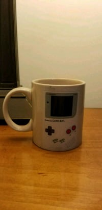 Heat changing gameboy mug and nintendo coasters. Frederick, 21701