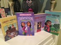 4 Girl Books by Julia DeVillers and Tia and Tamera Mowry  Centreville, 20120