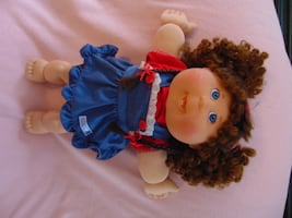 Vintage Cabbage Patch - brown hair girl with denim dress