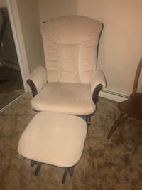 Glider with ottoman  Toms River, 08757