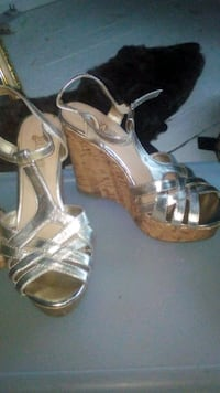 pair of gray open toe ankle strap heels Surrey, V3Z