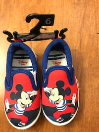 Brand new Disney Toddler Mickey Mouse Canvas Shoes : Size 6 Alexandria, 22304