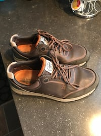 pair of brown leather work boots Saguenay, G7X