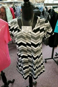 white and black chevron print dress Nanaimo, V9R 2T2