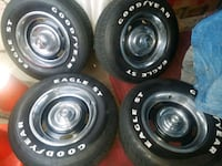 chevy rally wheels 5x120 asking $550.00 must go asap  Chicago