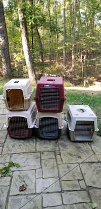Medium Dog Crate price is per Charles Town, 25414