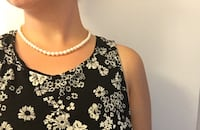 """Classic 18"""" natural pearl necklace w/ gold clasp Wheat Ridge, 80033"""