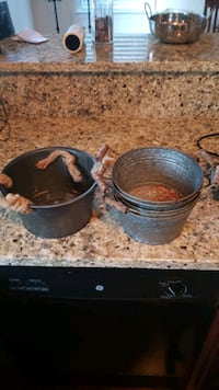 Six tin pans. $8 for all Johns Island, 29455