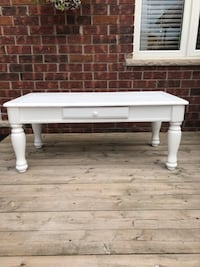 Farm style/ shabby chic coffee table Central Elgin, N5P 4P9