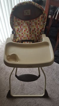 High chair Frederick, 21703