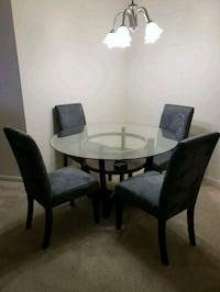 round glass top table with four chairs dining set Silver Spring, 20904