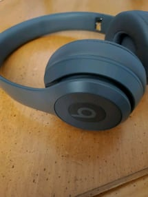 Beats Solo³ Wireless Headphones - Space Grey