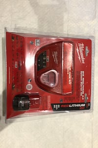 Milwaukee M12 charger with 2.0 battery East Gwillimbury, L3X