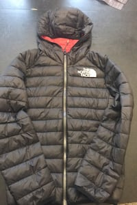 North face bubble jacket Mississauga, L4Y 2W9
