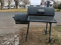 black and gray gas grill Yakima, 98901