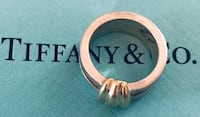 Tiffany & Co. Atlas ring and earrings Silver Spring, 20904