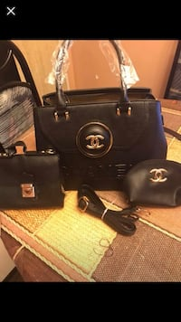 black Michael Kors leather tote bag and wristlet Montréal, H1R 1W6