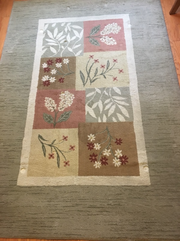 """Rug.       62""""x92"""".  Used  Good condition"""