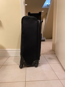 "28"" Softside Suitcase Club Monde"