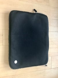 Laptop sleeve/ zipper case (Targus brand)