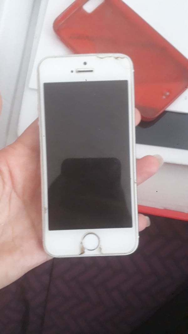 Iphone 5s 25ff7304-d805-40dc-a43a-018750092853
