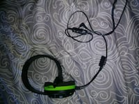black and green corded headset Tyrone, 16686