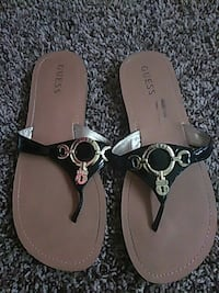 Brand new guess sandals Redding, 96001