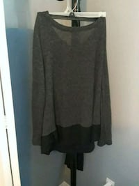 women's gray long sleeve shirt Windsor, N8W 5S4