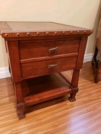Wooden cabinet with drawer and lamp Vaughan, L4J 0A3