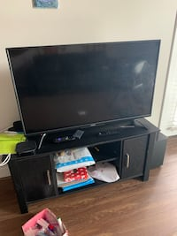 """Tv stand fits upto 47""""tv Herndon, 20171"""